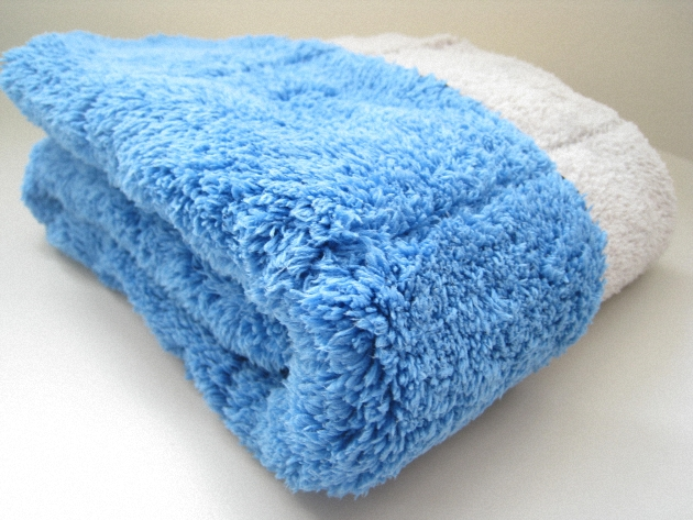 Premium Thick Plush Car Drying Towel 1