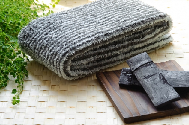 Bamboo Charcoal Towel 1